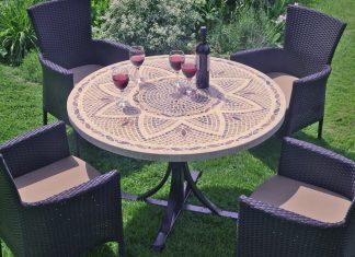 Table mozaique