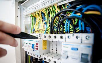 Travaux en éléctricité